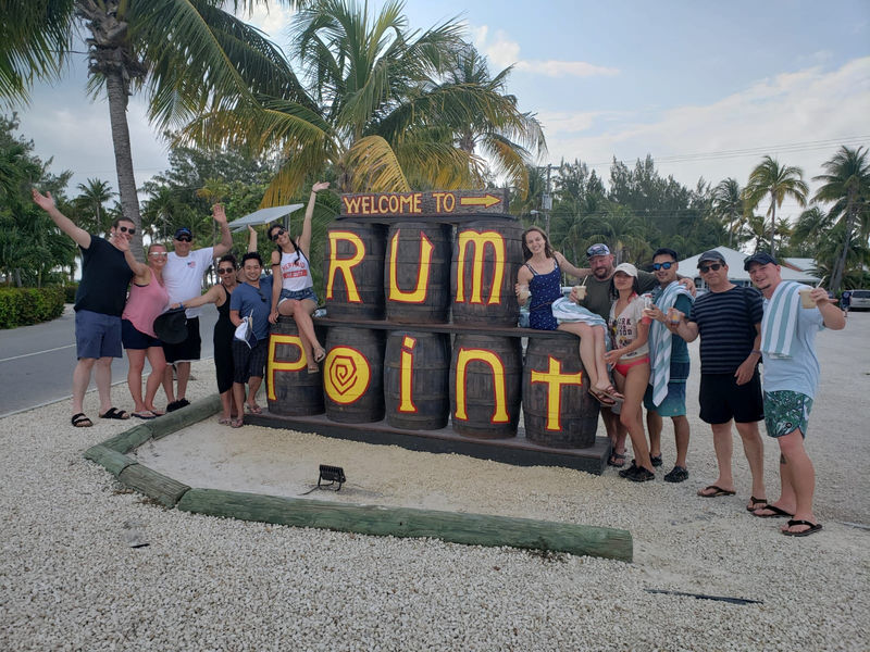 Group photo at Rum Point during Grand Cayman dive trip 2019