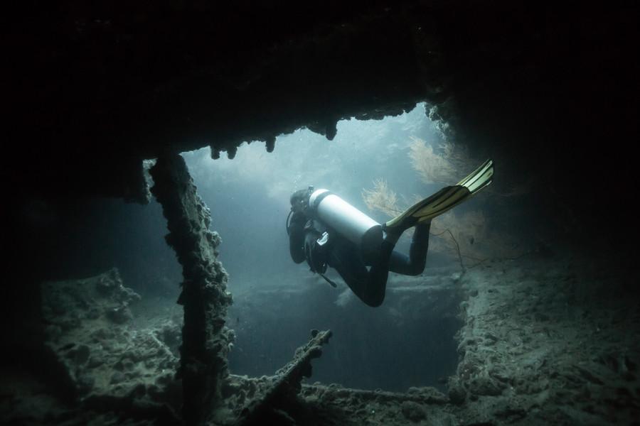 Best Shipwrecks to Scuba Dive