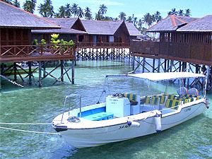 Sipadan water village reviews specials bluewater dive travel - Sipadan dive centre ...