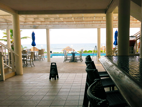Cobalt Coast Dive Resort Reviews & Specials - Bluewater ...
