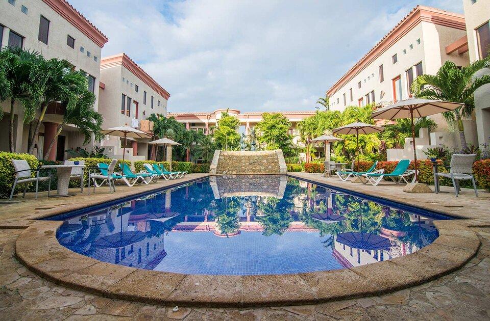 las sirenas by mayan princess, hotel las sirenas roatan