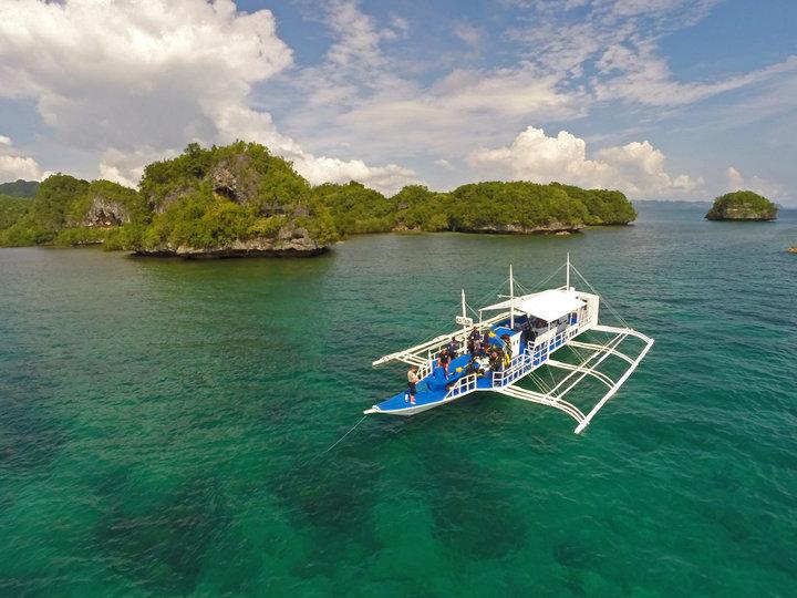 Magic oceans dive resort bohol reviews specials bluewater dive travel - Magic oceans dive resort ...