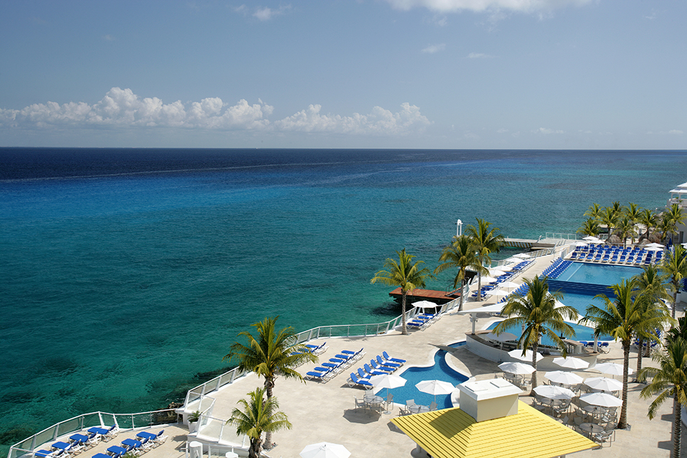 Cozumel palace resort reviews specials bluewater dive - Cozumel dive packages ...