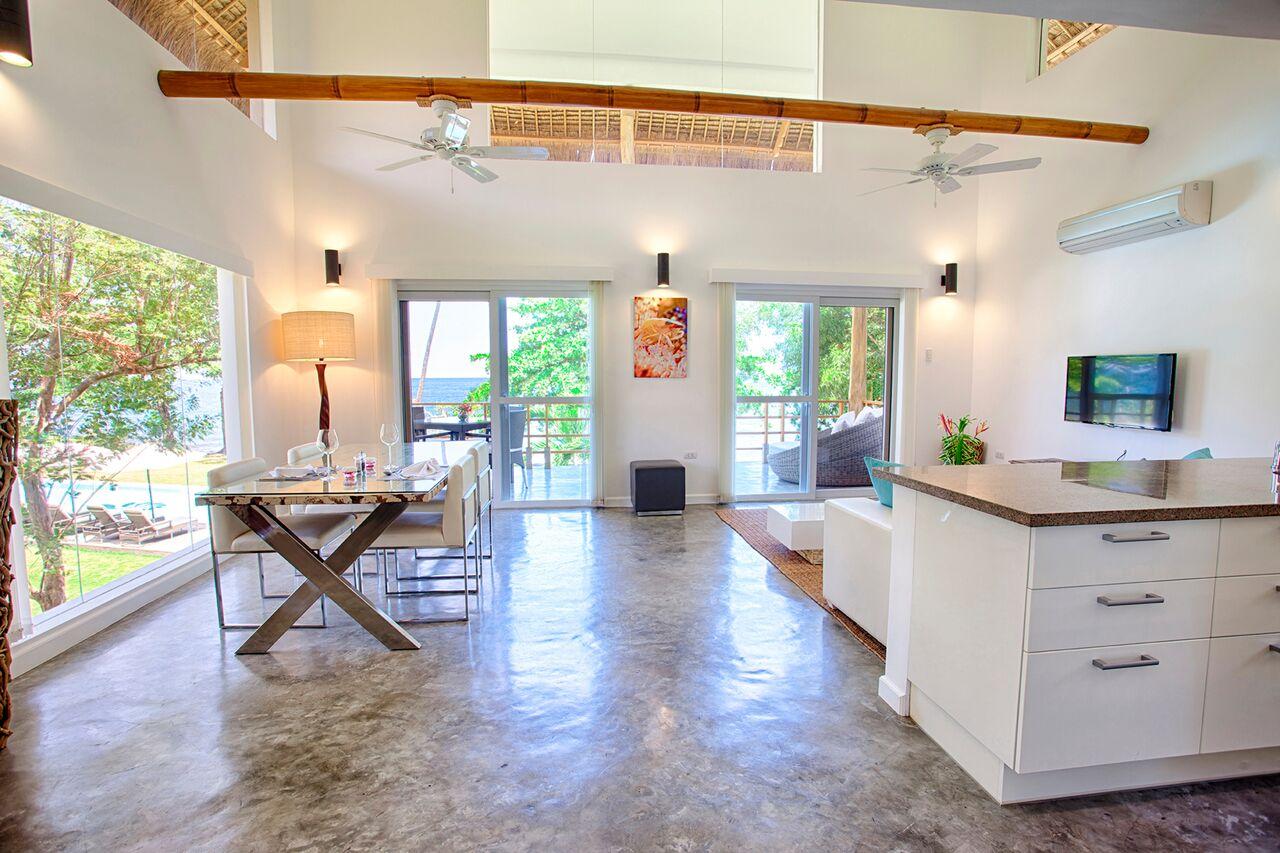 Salaya Beach Houses Dumaguete