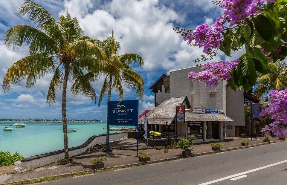 Sunset Diving Mauritius