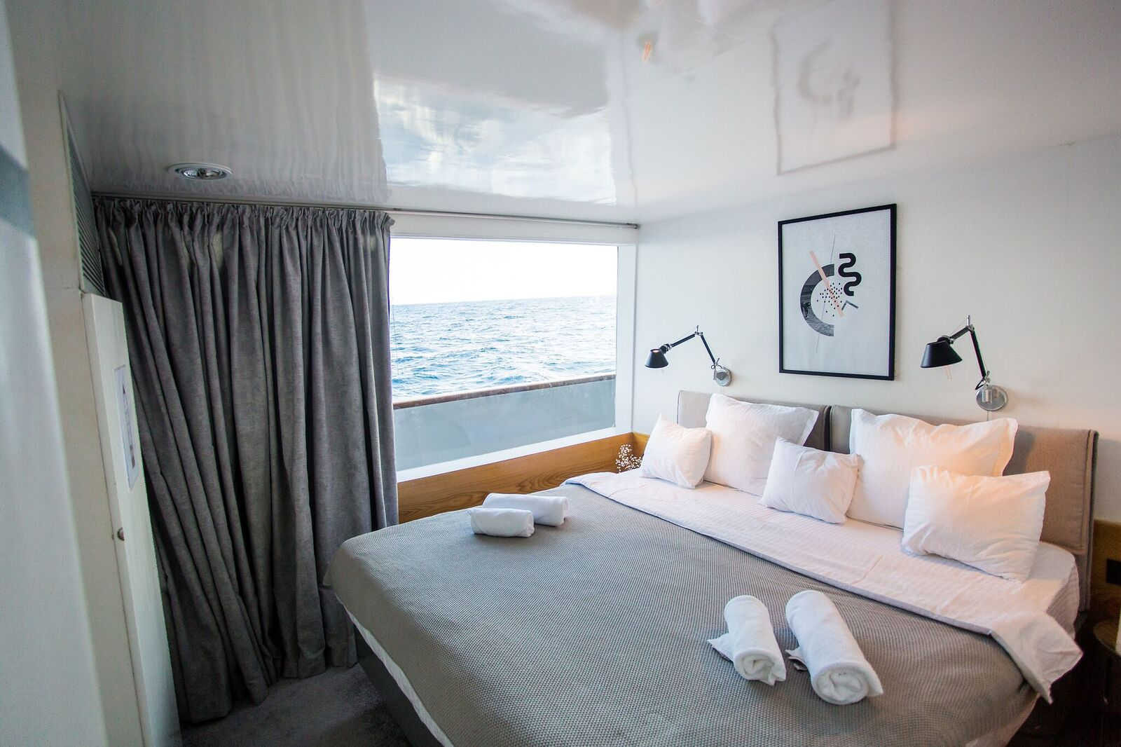 Azalea Cruise Maldives liveaboard