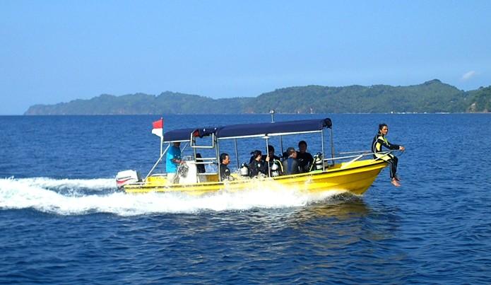 Black Sand Dive Retreat