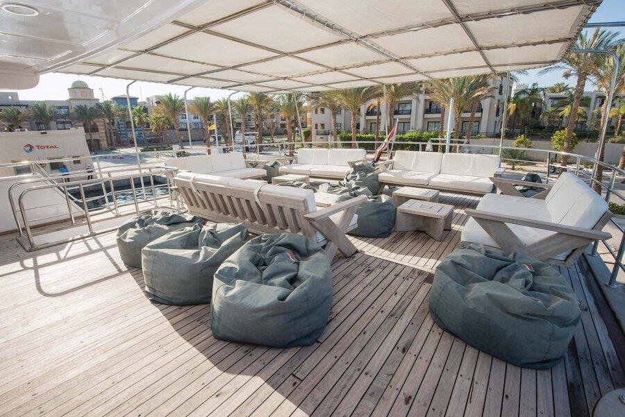 Blue Horizon liveaboard deck