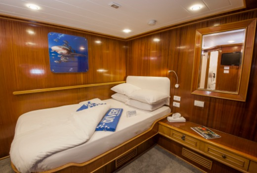 Blue Melody's Double Cabin