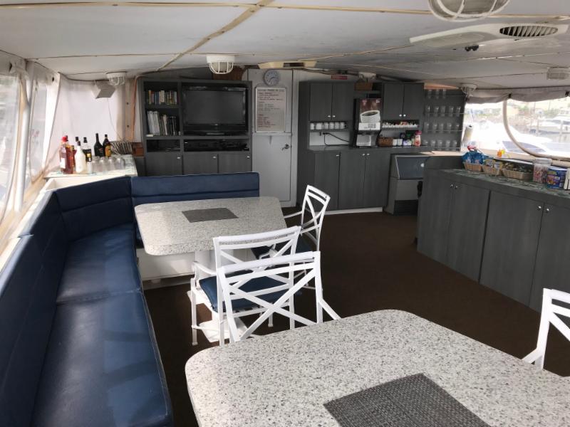 Caribbean Explorer II's salon