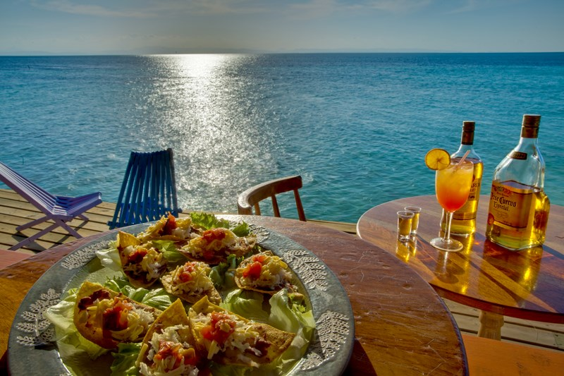 Coco Plum Island Resort's food