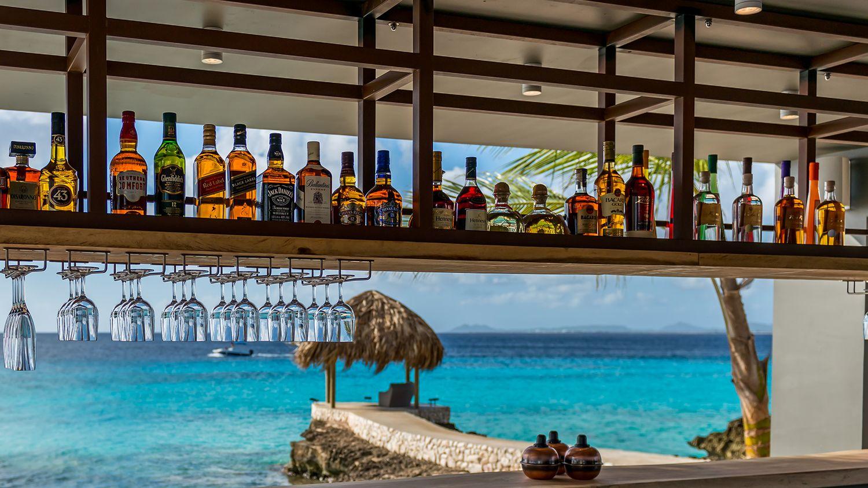 Delfins Beach Resort Bonaire's drinks