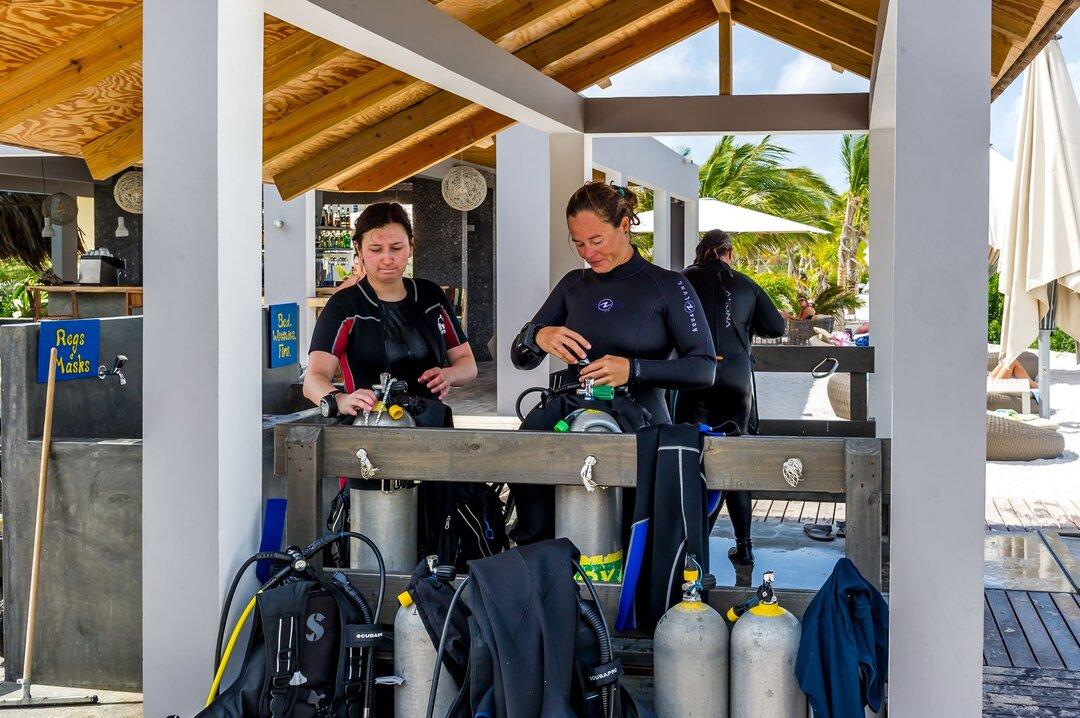 Delfins Beach Resort Bonaire's dive center