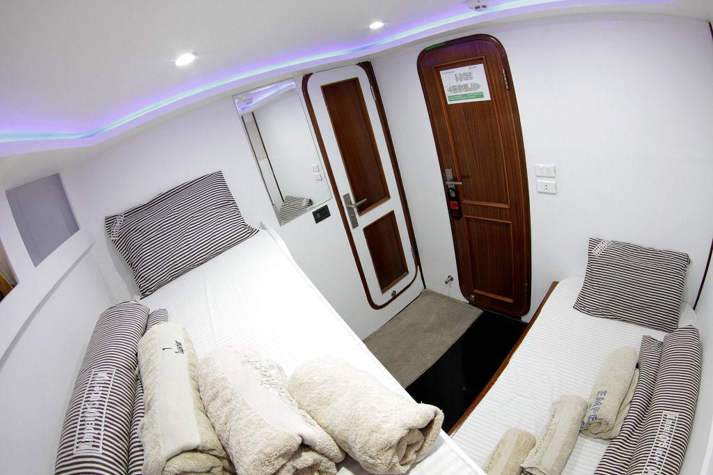 Emperor Superior Bunk Bed Cabin