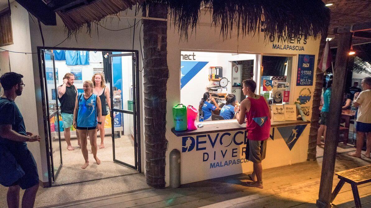 Hippocampus Resort's Devocean Dive Shop