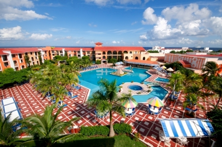 Hotel cozumel resort reviews specials bluewater dive travel - Cozumel dive packages ...