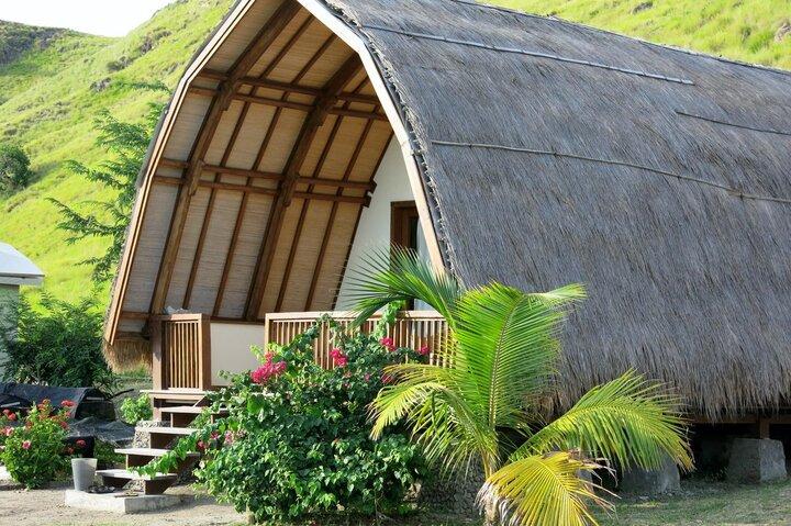 Komodo Resort Bungalow