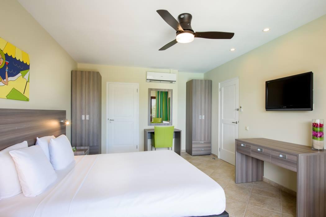 Lionsdive Beach Resort Cura 231 Ao Reviews Amp Specials