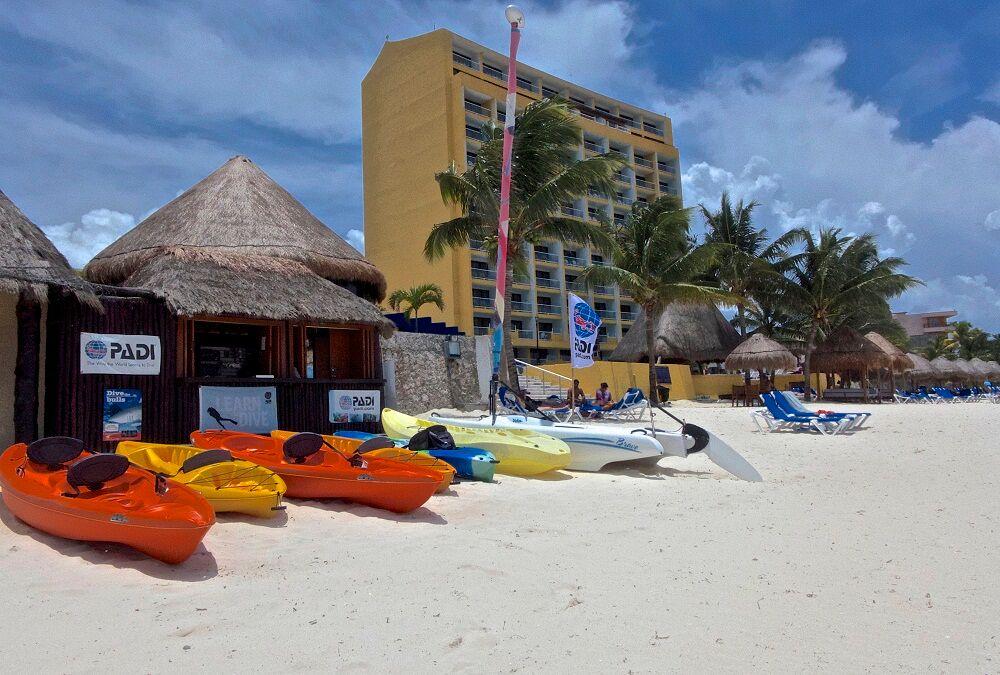 Meli cozumel resort reviews specials bluewater dive - Cozumel dive sites ...