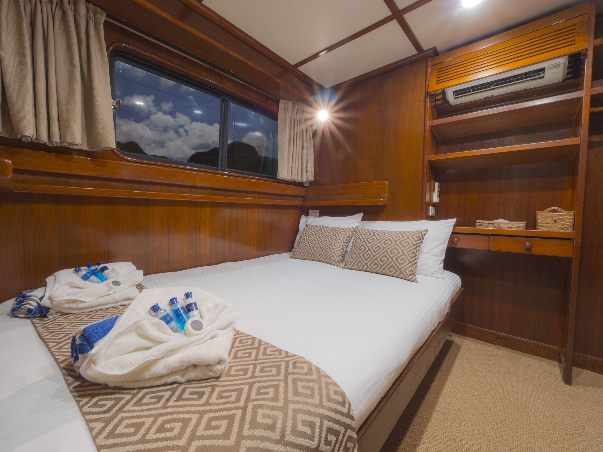 Mermaid II's deluxe double cabin