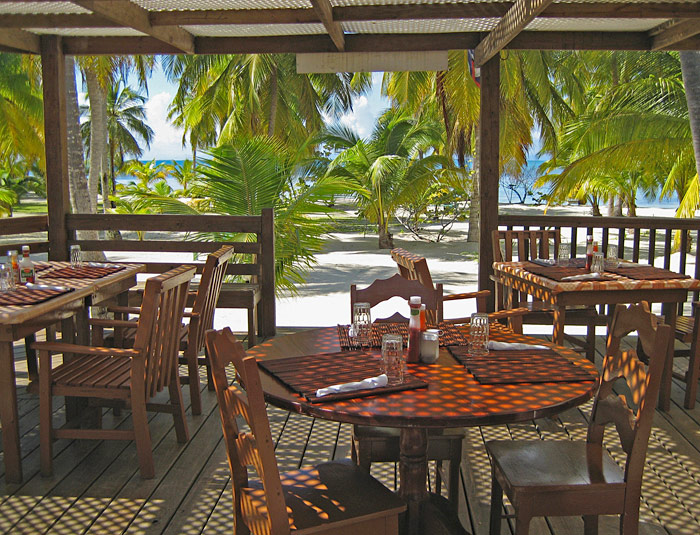 Pelican Beach Resort South Water Caye's restaurant