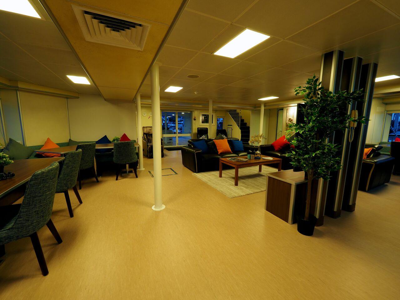 Solitude Adventurer's Indoor Lounge