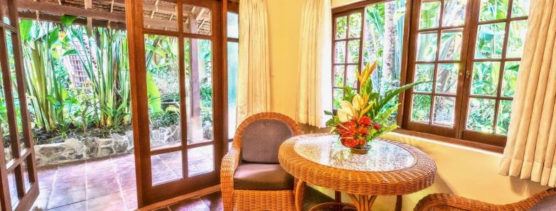 Premier Garden Suite at Atlantis Dive Resort, Dumaguete