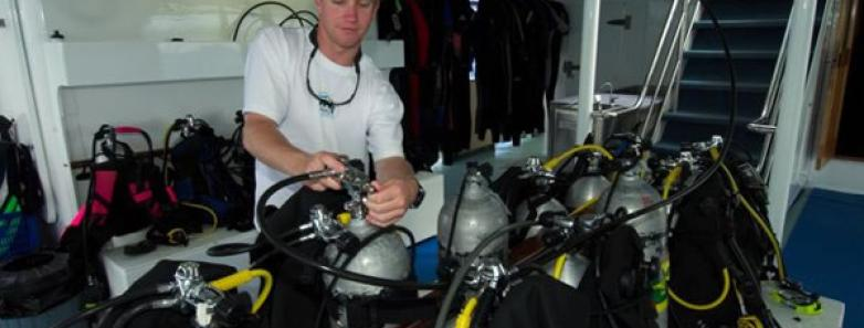 liveaboard dive boat