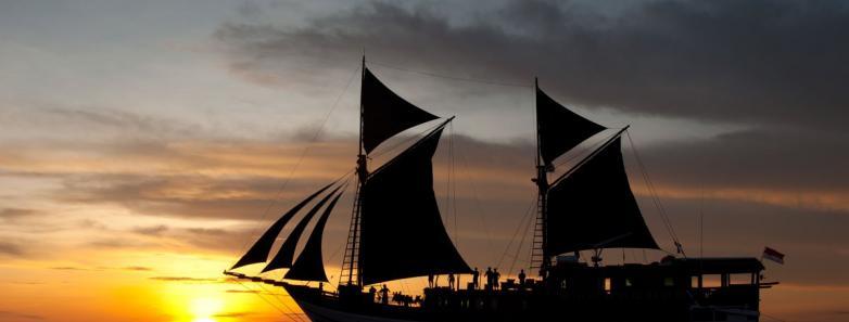 7-Night Komodo Cruise on the Dune Aurora