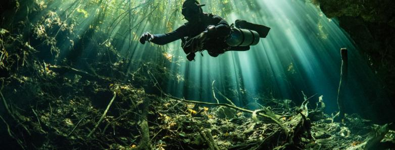 cenote dive