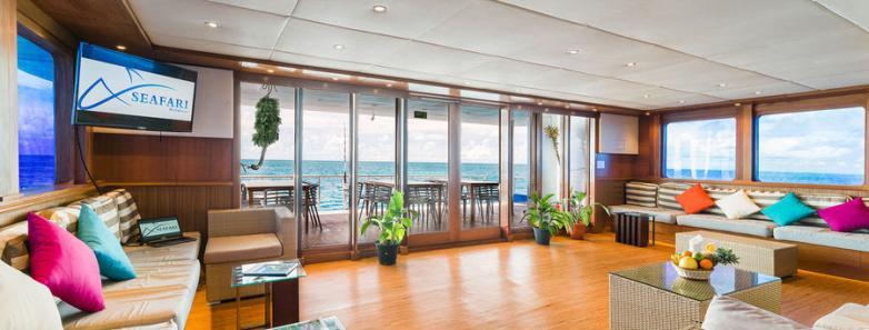 Seafari Explorer 1 Lounge