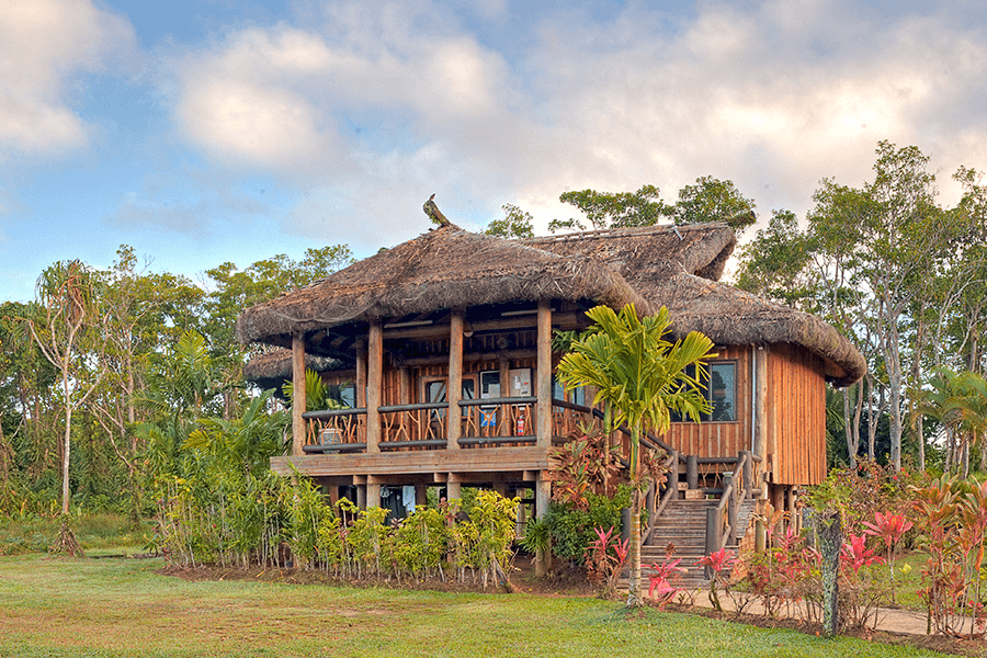 Uprising Beach Resort Fiji's Tree House Dormitory